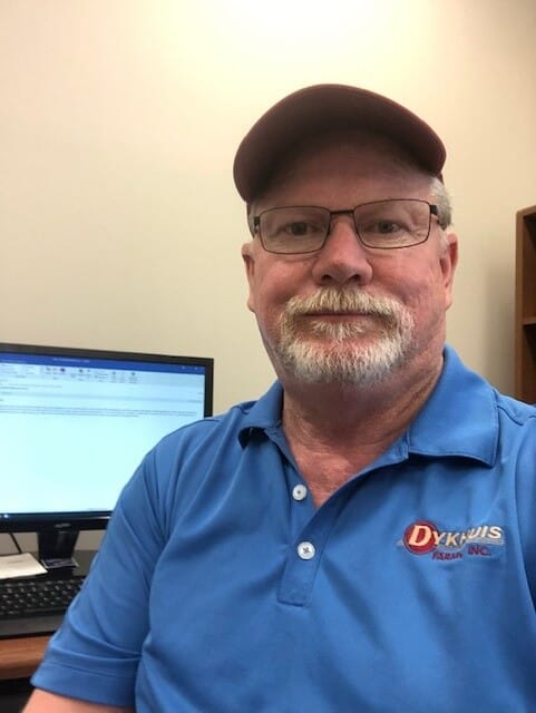 Fred Kuhr is the production supervisor for sows and finishing at Dykhuis Farms.