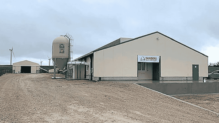 France: welfare barn for egg production inaugurated thumbnail image