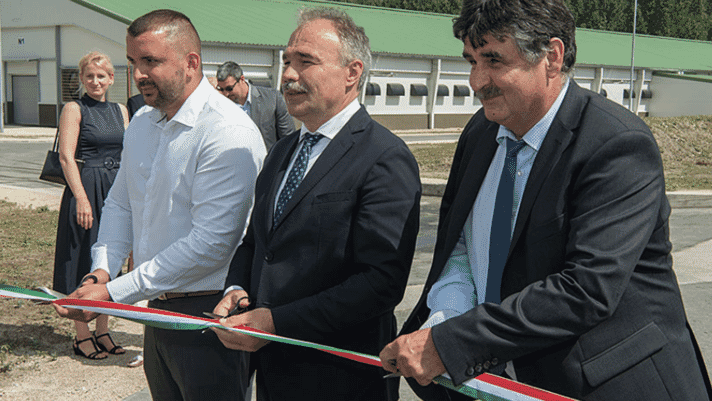 Hungarian Minister of Agriculture inaugurates nine new houses for breeder management thumbnail image