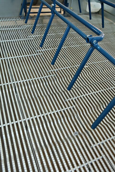 Hog Slat TriDEK metal farrowing floor is available with traction breaks and n-slip grip indentions that provide variation in the flooring surface to give sows extra support when standing up or laying down.